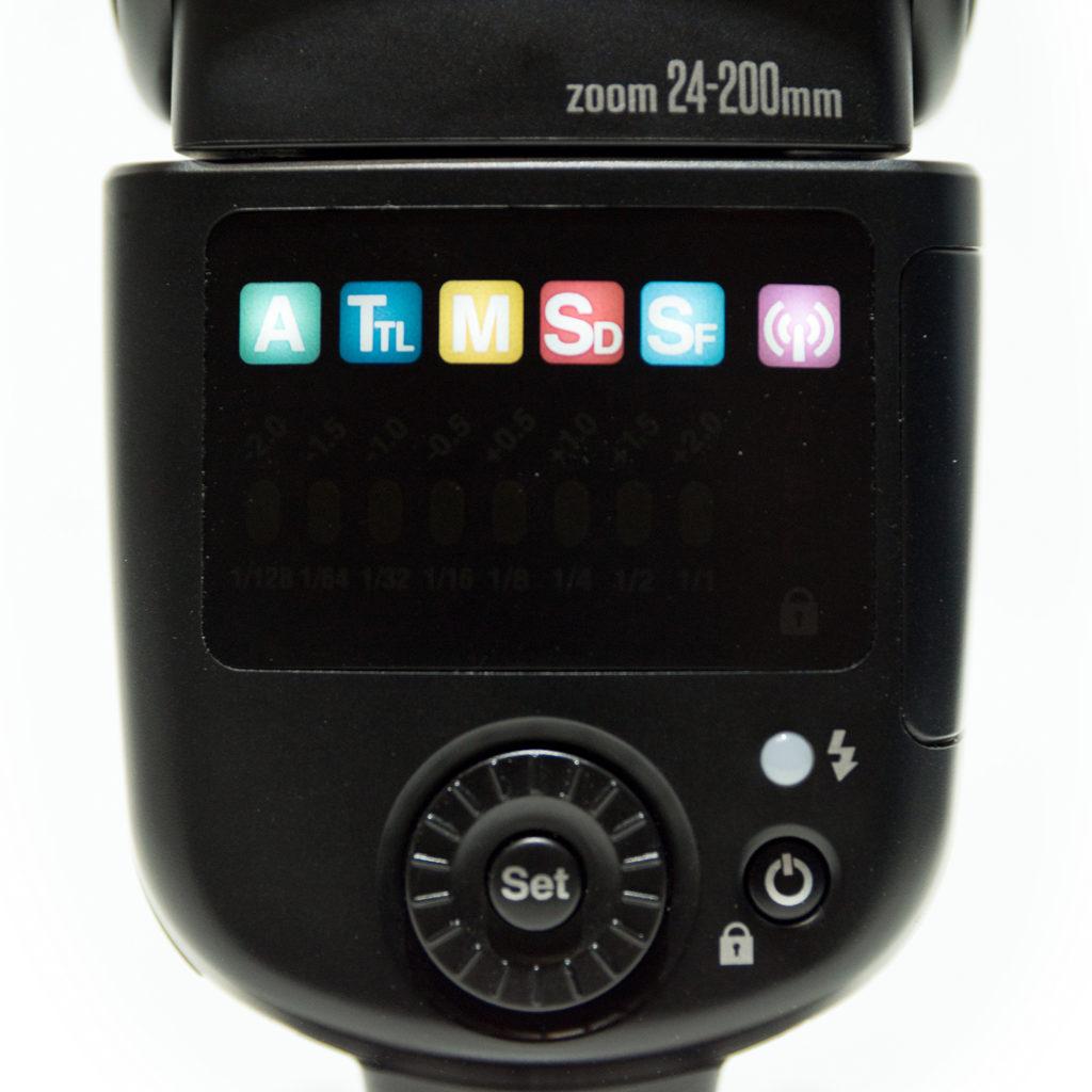 Nissin Di700A Display Anzeige